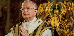 Zanosi się na skandal. Usuną biskupa z zacnego grona?