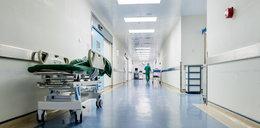 """Atak agresywnej """"Moniki"""" w szpitalu. Pacjent w szale chciał zarażać HIV"""
