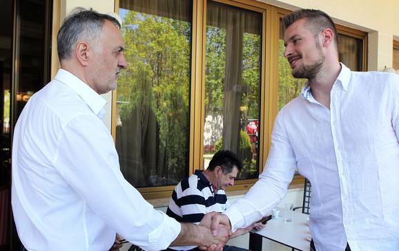 Predsednik OSS Zoran Gajić pozdravio je reprezentativce u Kovilovu