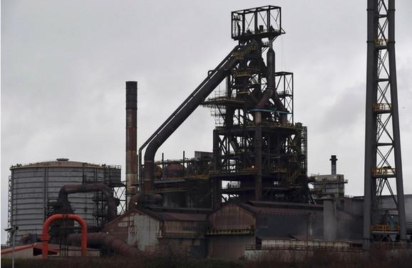 Kompanija je sredinom juna saopštila da će ugasiti dve peći