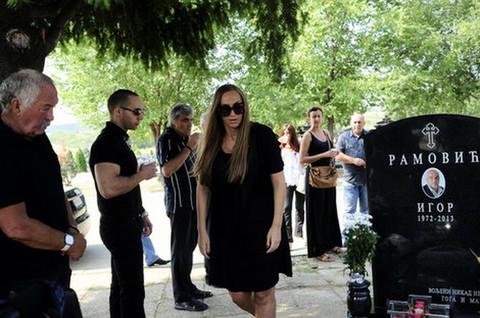 NE MOŽE DA SE OPORAVI OD ŠOKA: Goga Sekulić otkrila jeziv detalj o njenom POKOJNOM I SADAŠNJEM SUPRUGU!