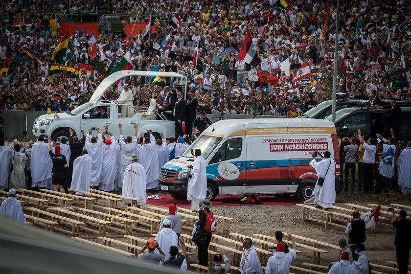 Rząd nie potrafił wysłać karetki do Libanu