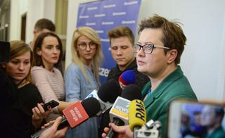 Lubnauer mówi o 'wrogim przejęciu posłów' przez PO. To koniec Koalicji Obywatelskiej?
