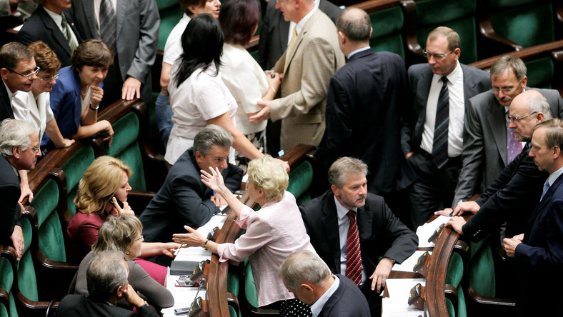 PO będzie śledziła swoich parlamentarzystów