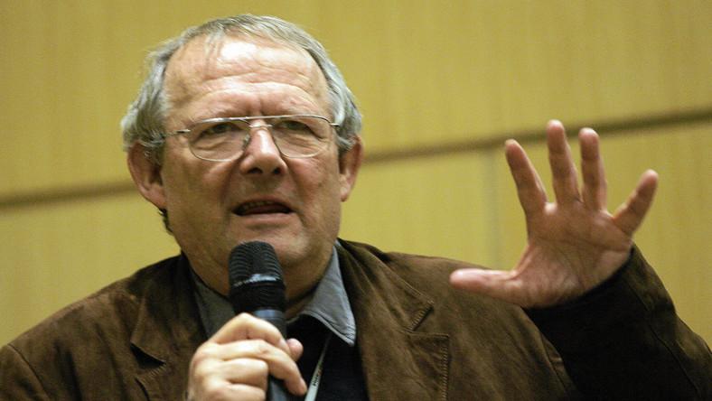 Michnik: Macierewicz jest w końcu skazany na konflikt z Jarkiem