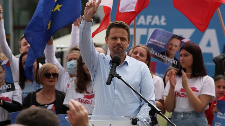Rafał Trzaskowski w trakcie kampanii przed wyborami prezydenckimi. Gorzów Wielkopolski, 8.07.2020 r.