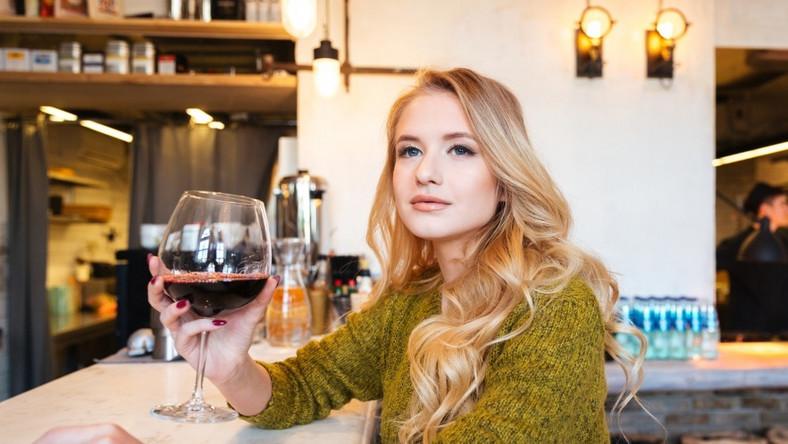 Czy można być na diecie i nie rezygnować z wina?