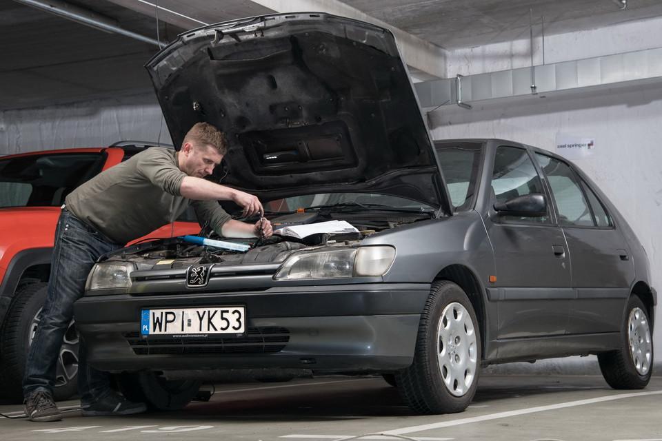 Мы обслуживаем Peugeot 306 1.9 TD