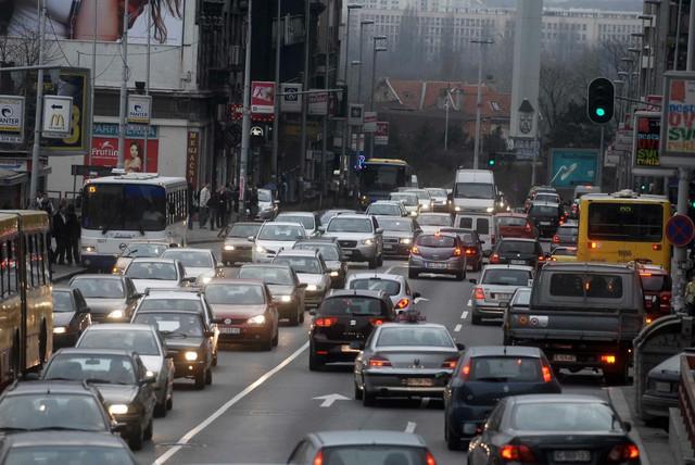 """Saobraćajna gužva glavni krivac za """"mokri vikend"""""""