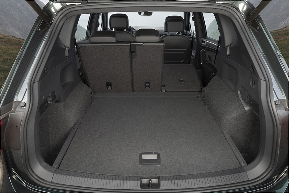seat tarraco nowy suv seata test pierwsza jazda ceny. Black Bedroom Furniture Sets. Home Design Ideas