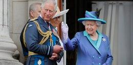 Opuchlizna w rodzinie królewskiej! To naprawdę jego ręka...