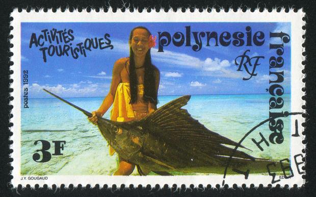 Znaczek pocztowy z Francuskiej Polinezji z miecznikiem