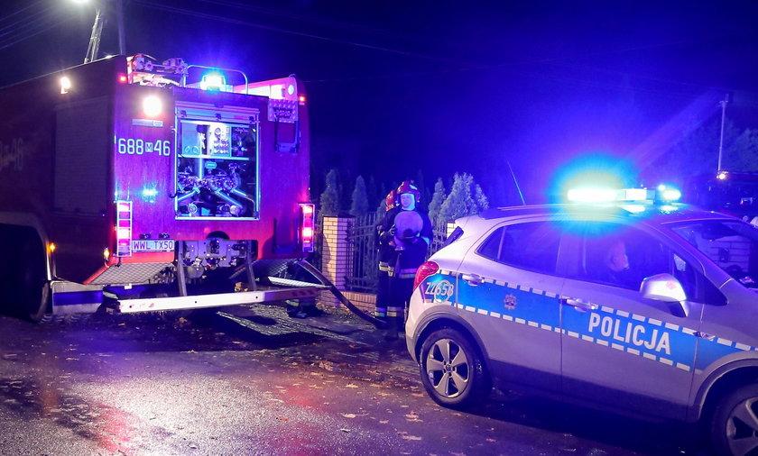 Do pożaru zadysponowano w sumie 7 zastępów straży pożarnej.