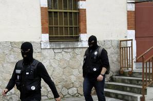 NASRTAO NA AUTOMOBILE, PA IZBOLJUDE Francuska policija privela tražioca azila zbog napada