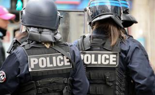 Jak rozruszać społeczeństwo. Francuzi protestują przeciw rasizmowi w policji