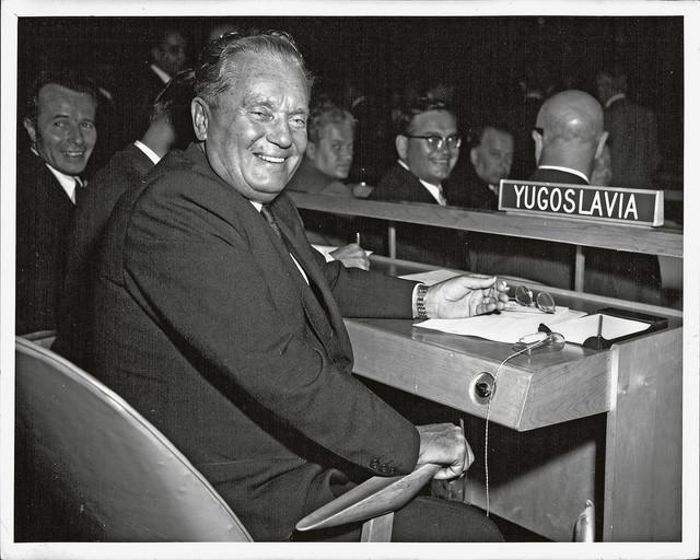 Tito je bio čovek koji je imao mane, ali bio je politički genije. U našoj istoriji to su bili još samo Miloš Obrenović i Nikola Pašić. I kao u umetnosti, neko može da oslika Sikstinsku kapelu, a neko ne može...