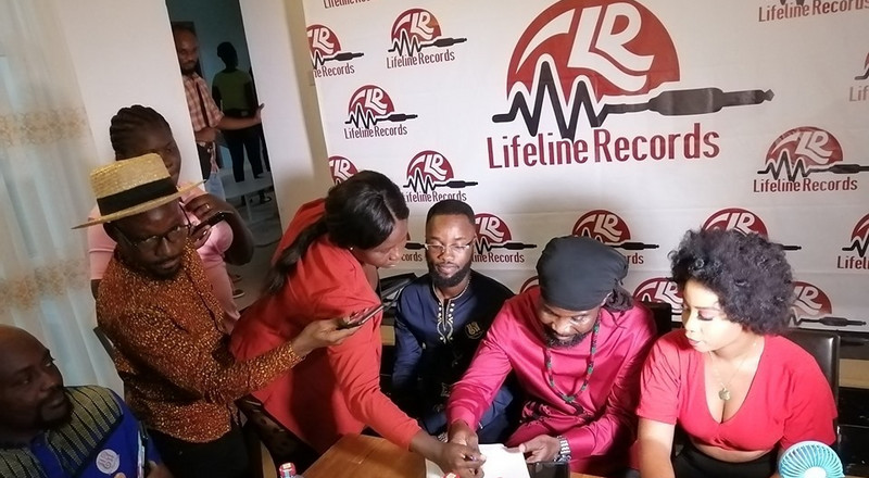 Abochi, Dede Supa ink 5-year record deal with LifeLine Records