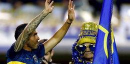 Maradona i prawie 50 tysięcy kibiców powitali piłkarza na stadionie FOTO