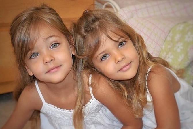 Ava i Lea kada su imale pet godina
