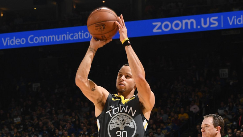 8baf4c562d5 Steph Curry put in an amazing performance against the Pelicans [NBA]