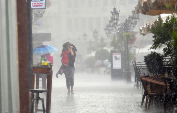 Novi Sad 184 Kisa provala oblaka nevreme foto Robert Getel