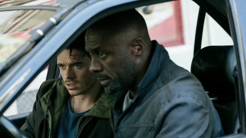 """Richard Madden i Idris Elba w filmie """"Dzień Bastylii"""""""