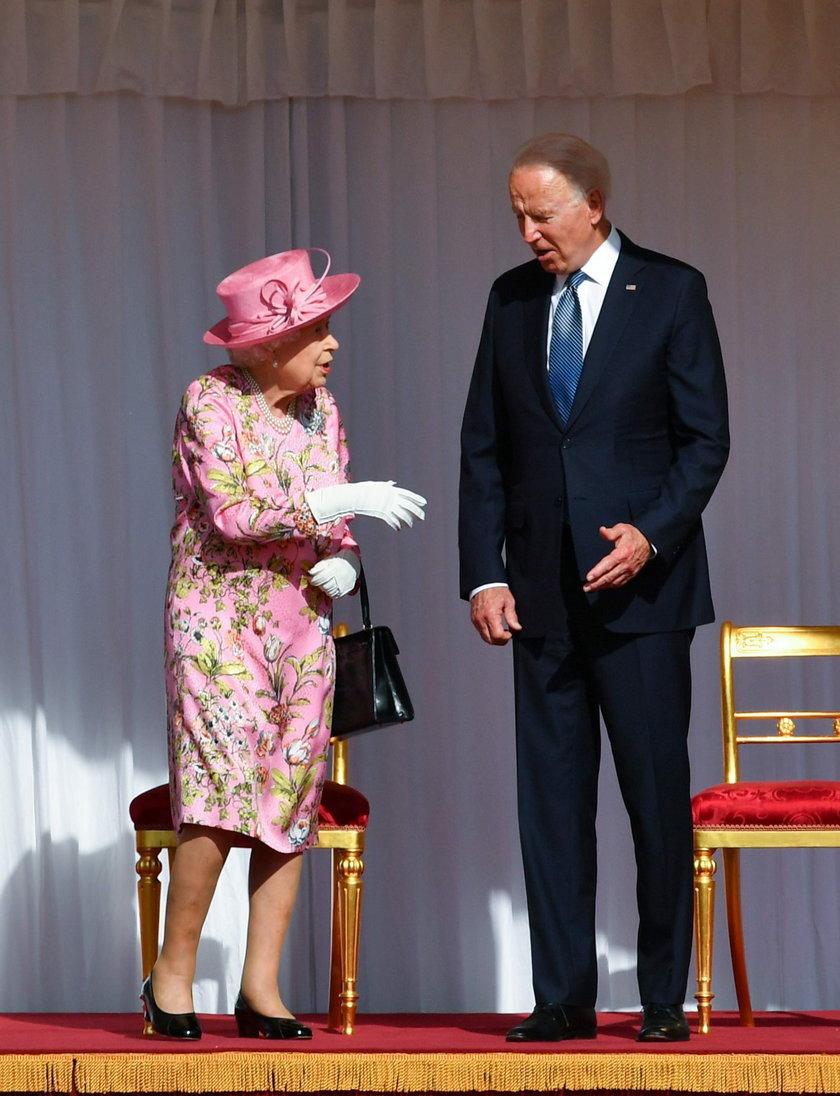 Elżbieta II gościła Joe i Jill Bidenów na zamku na Windsorze