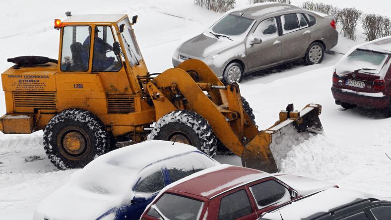 Zima zaatakowała niemal w całym kraju, fot. PAP/Andrzej Grygiel