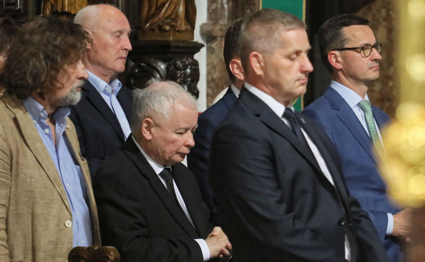 """""""Głos oddany na Prawo i Sprawiedliwość jest głosem oddanym racjonalnie. Nasz plan dla Polski, plan takiej głębszej nieco perspektywy, to jest plan, który sprowadza się do tego: Polacy mają żyć pod każdym względem, jak ci na zachód od naszych granic"""" - wskazał Kaczyński."""