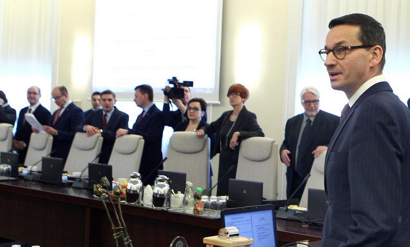 Kiedy Mateusz Morawiecki przedstawi zmiany w rządzie?