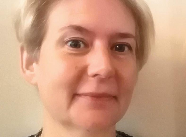 Katarzyna Pancer - dr hab. n. med., mikrobiolog, kierownik Laboratorium BSL-3 NIZP-PZH oraz wirusolog w Zakładzie Wirusologii. Zajmuje się opracowywaniem metod i procedur diagnostycznych, dzięki którym możliwe jest wykrycie zakażeń patogenami wysoce niebezpiecznymi.  Fot. Materiały prasowe