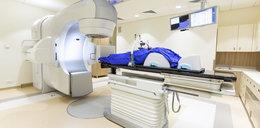Lekarze z Krakowa naświetlali chorej na raka zdrową pierś?