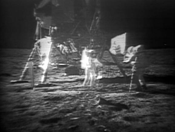 Digitalno obrađena fotografija sletanja na Mesec 20. jula 1969.