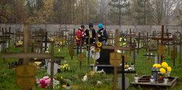 Zapalili światełko na cmentarzu samotnych i bezdomnych