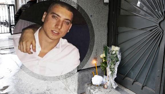 Mileusnićevi prijatelji su ostavljali cveće na mestu gde je ubijen