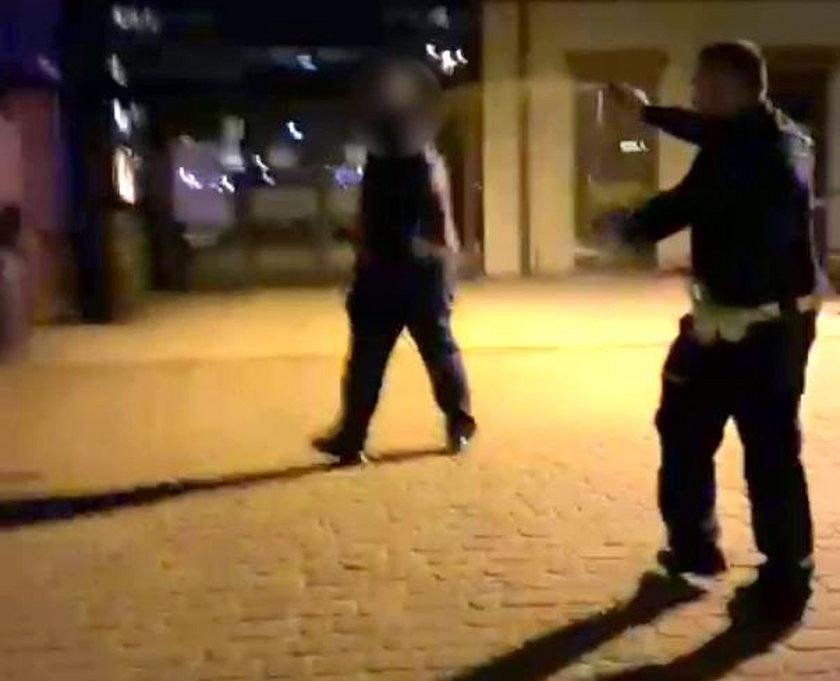 Policjant postrzelił bandytę.
