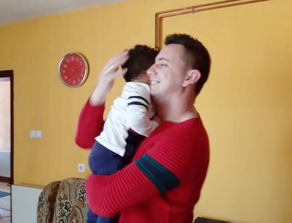 Zadovoljan otac