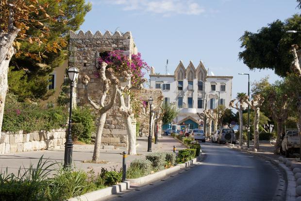 Jedna z bocznych uliczek Kos