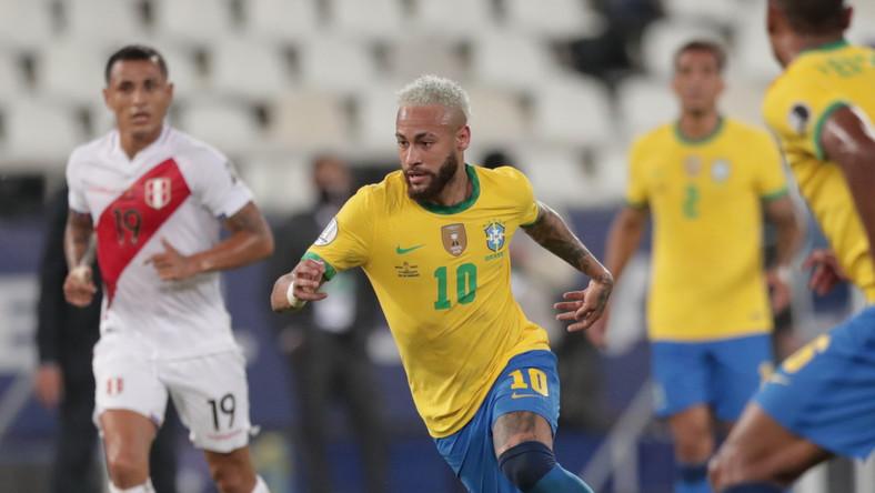 Neymar w trakcie meczu z Peru