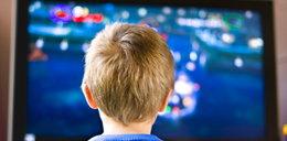 Dziecko przed telewizorem. Nie lekceważ tych zaleceń!