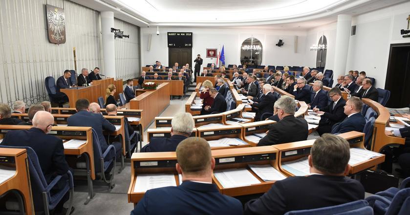 Senat przyjął ustawę budżetową bez poprawek