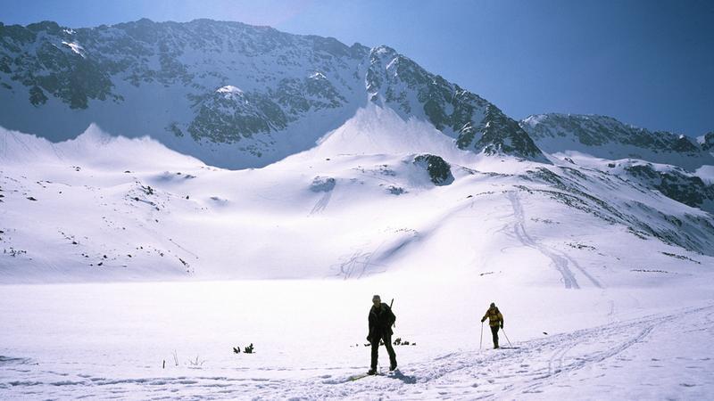Na nartach w Dolinie Pięciu Stawów Polskich