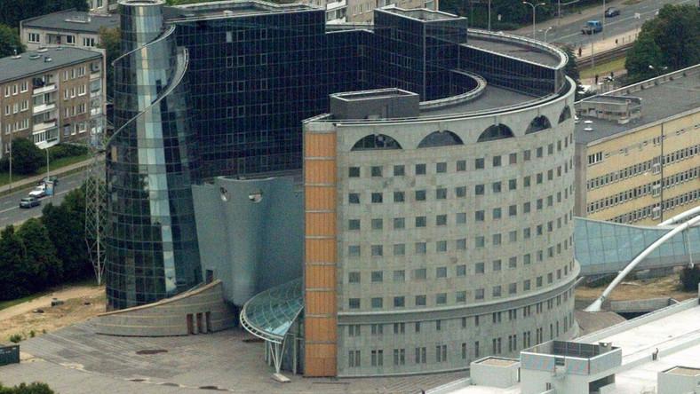 Platforma chce wymienić władze telewizji(na zdjęciu: siedziba TVP)