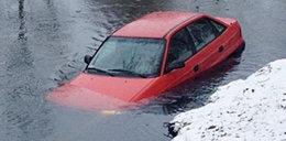 Auto wpadło do rzeki!