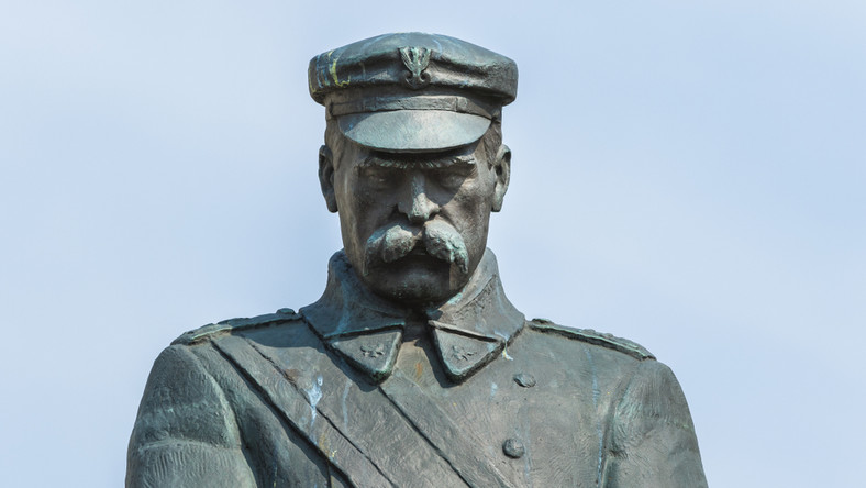 Józef Piłsudski pomnik w Warszawie