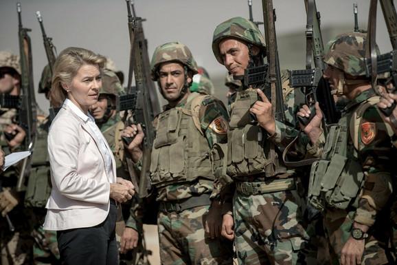 U Bnaslavi, kod Erbila (Irak), 2016, gde se nalazi Bundesverov centar za obuku kurdskih boraca