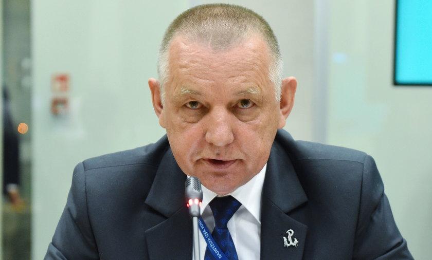 Zbigniew Ziobro chce odebrać immunitet prezesowi NIK Marianowi Banasiowi.