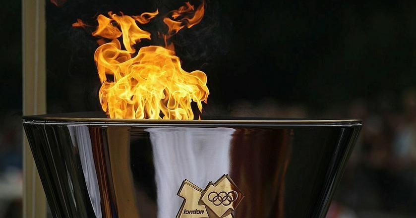 Ogień olimpijski podczas ostatnich IO w Londynie w 2012 roku