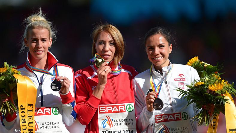 Od lewej: Lynsey Sharp, Maryna Arzamasowa, Joanna Jóźwik