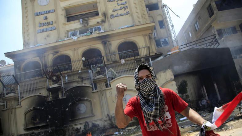 Kolejne starcia w Kairze. Są zabici